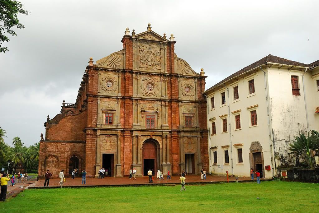 Basilica-of-Bom-Jesus-church-Goa
